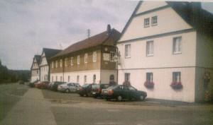 der Gasthof mit neuer Fassade - 90er-Jahre