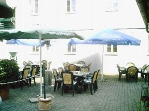 Innenhof_02_Gasthof_Fillweber2008_022_600x600_klein_100KB